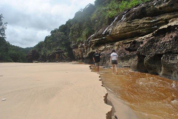 Plaża pojawiająca się tylko przy odpływie.
