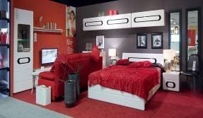 Black Red White: Targi wewnętrzne w Ossie