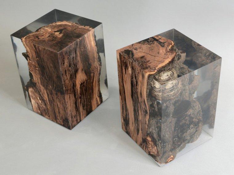 Taborety z kolekcji Fungi, drewno jabłoni