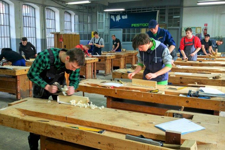 KONKURS: Sprawny w zawodzie - Stolarz i Technik technologii drewna