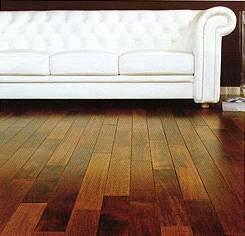 Podłoga z drewna merbau