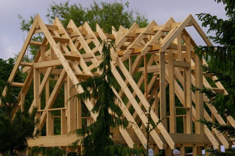 Domy o konstrukcji szkieletowej buduje się kilkukrotnie szybciej niż w technologii tradycyjnej