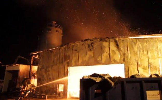 Pożar w Zakładzie Drzewnym MD w miejscowości Gracuch