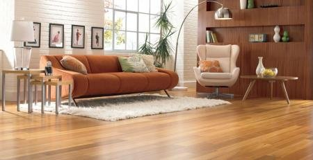 Jak dbać o podłogę z lakierowanych desek wielowarstwowych?