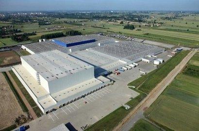 Regionalne Centrum Dystrybucyjne IKEA w Jarostach
