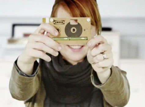 Knäppa - tekturowy aparat fotograficzny
