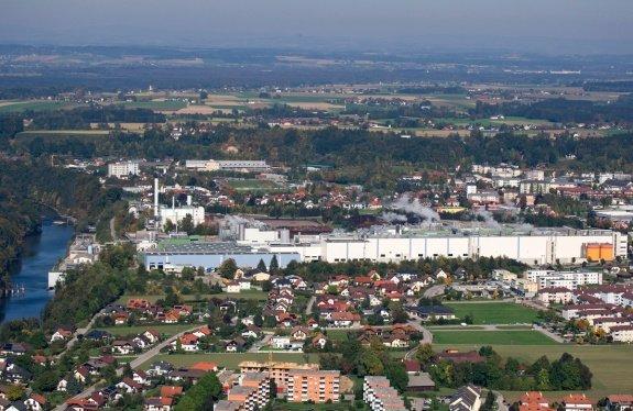Fabryka papieru Laakirchen Paper w Upper (Austria)