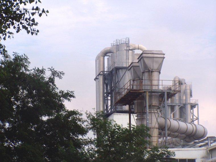 Pożar w fabryce Kronospanu w Szczecinku
