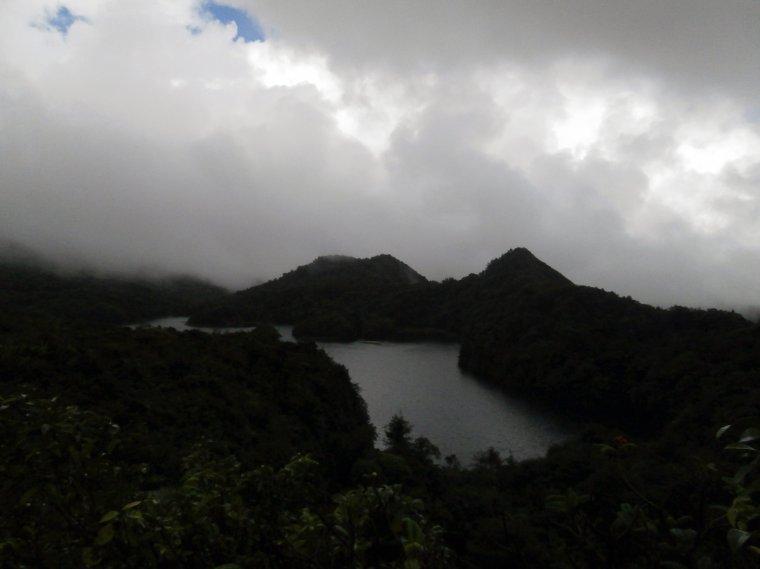 Widok na jezioro Freshwater Lake