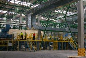 Linia produkcji LVL w zakładzie STEICO w Czarnej Wodzie