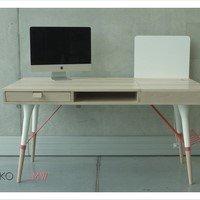 """biurko """"_MW- Arbajt plac"""" – Daria Stanclik"""