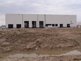 Budowa hali produkcyjnej<br>fot. Pfleiderer