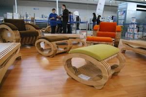 Meble produkowane przez Fabryka Mebli na Żywo podczas targów DREMA 2010