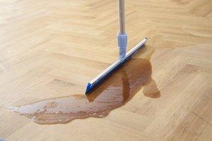 Aplikacja oleju na wyszlifowaną podłogę