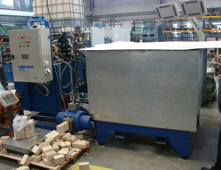 Brykieciarka Goliath - kostka 350 kg/h