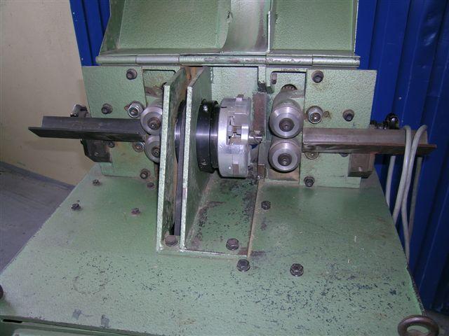 automat tokarski do produkcji kołków firmy Löser