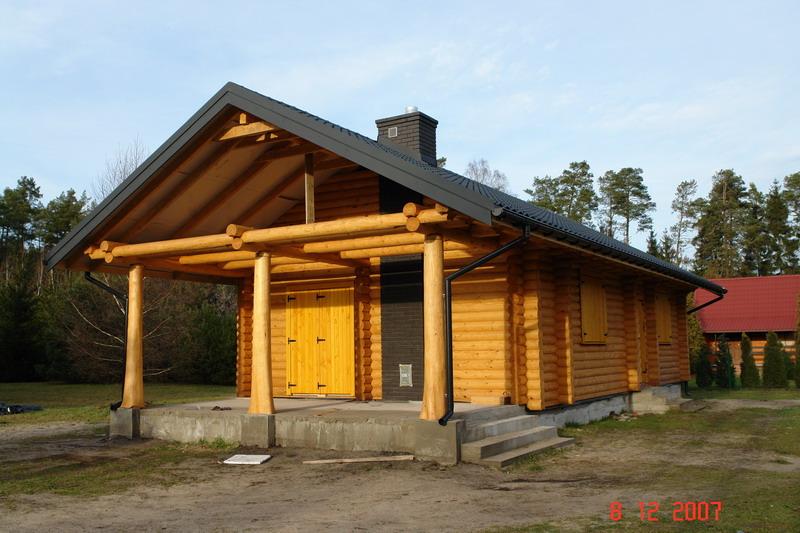 Drewniane domy z okrągłych bali jodłowych