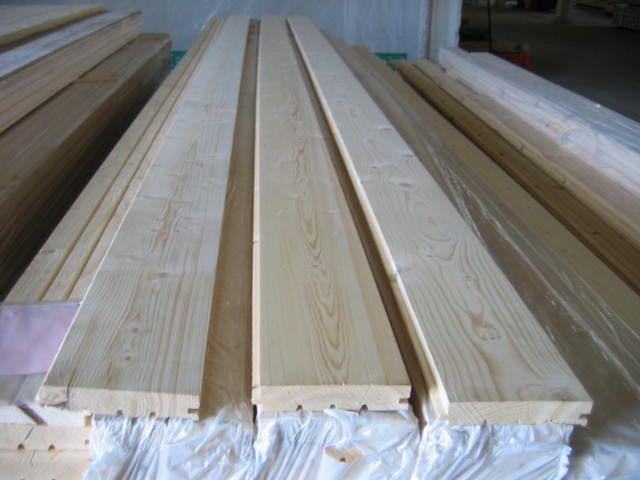 Podłogi świerkowe-wysoka jakość