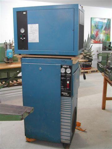 Kompresor śrubowy z osuszaczem firmy MAHLE
