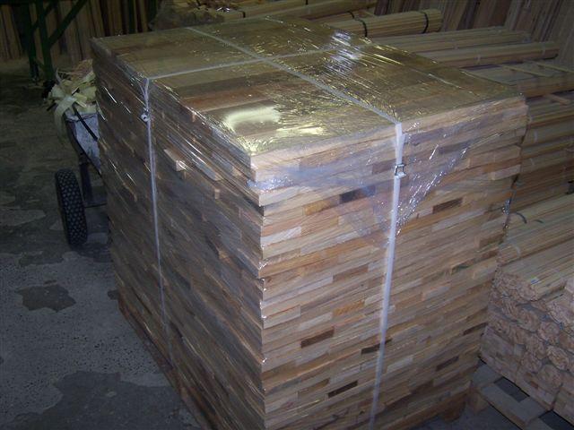 Fryzy sosnowe i wyrzynka 23 x 100 x 250 - 900 mm