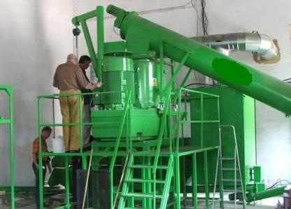 Linie do produkcji pelletu ze słomy i trociny
