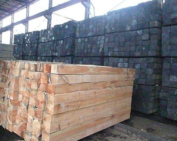 Ukraina.Produkcja tartaczna.Podklady kolejowe 190 zl/m3,nasycone 220 zl/m3